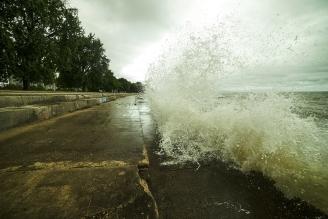 Waves Crashing in Edgewater, Chicago